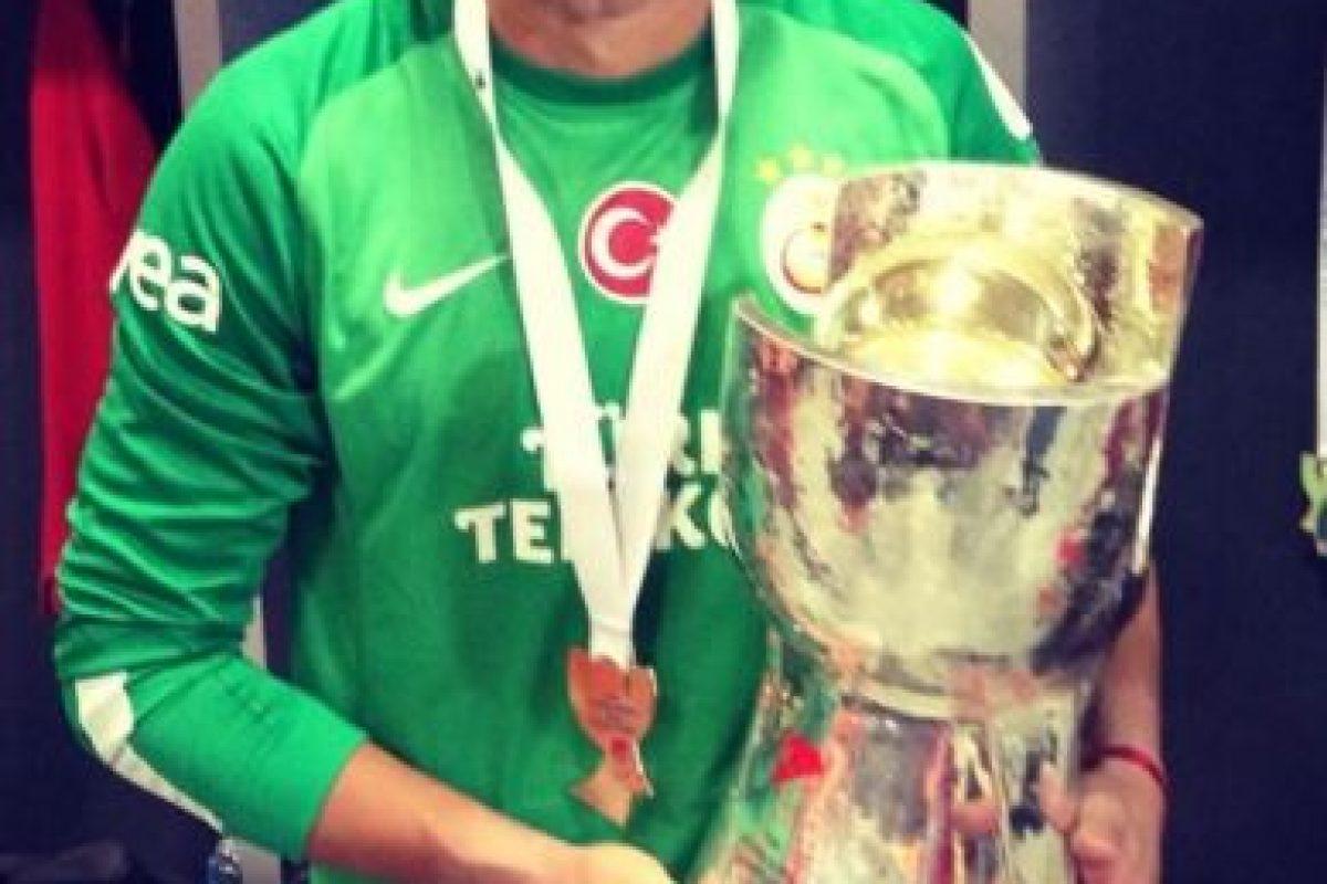 Fernando es portero del Galatasaray de Turquía y tiene 28 años de edad. Foto:twitter.com/1_Muslera_25. Imagen Por:
