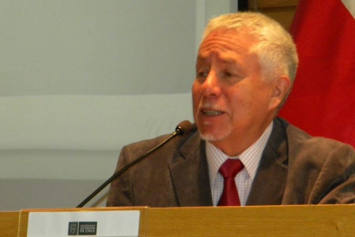 Iván Finot, académico boliviano experto en procesos de descentralización en la CEPAL entre 1994 y 2007. Foto:Gentileza ICHEM. Imagen Por: