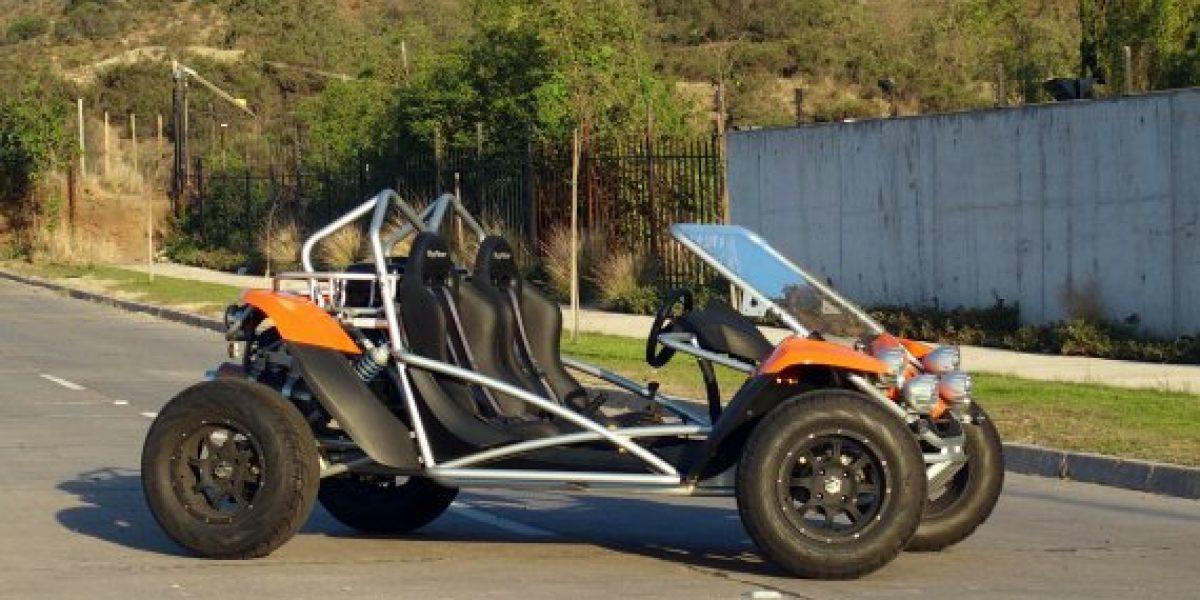 Nuevo buggy PGO descapotable en las calles de Chile
