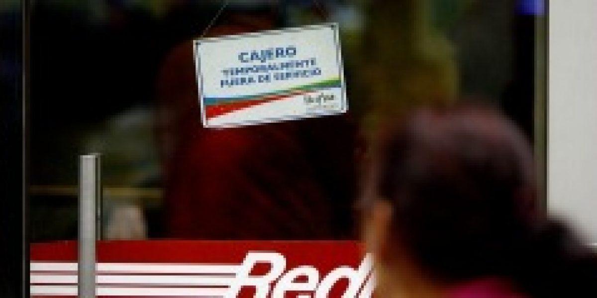 Bancos responden a oficios del Sernac por problemas en cajeros automáticos