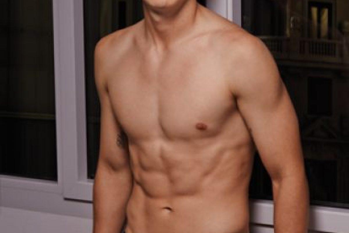 James tiene 23 años de edad y actualmente milita en el Real Madrid de España. Foto:vía bronzini.com.co. Imagen Por: