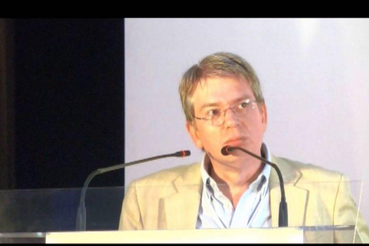Director del Instituto de Investigación Urbana y Territorial de la Unión Iberoamericana de Municipalistas, Daniel Cravacuore Foto:YouTube. Imagen Por: