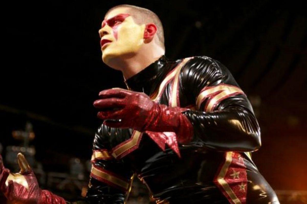 Es hermano de Goldust Foto:WWE. Imagen Por: