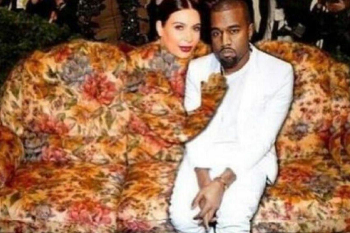 Un sofá en su totalidad. Foto:Twitter. Imagen Por: