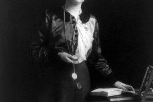 Emmeline Pankhurst fue una de las primeras sufragistas en luchar por el derecho al voto en el Reino Unido Foto:Wikipedia. Imagen Por: