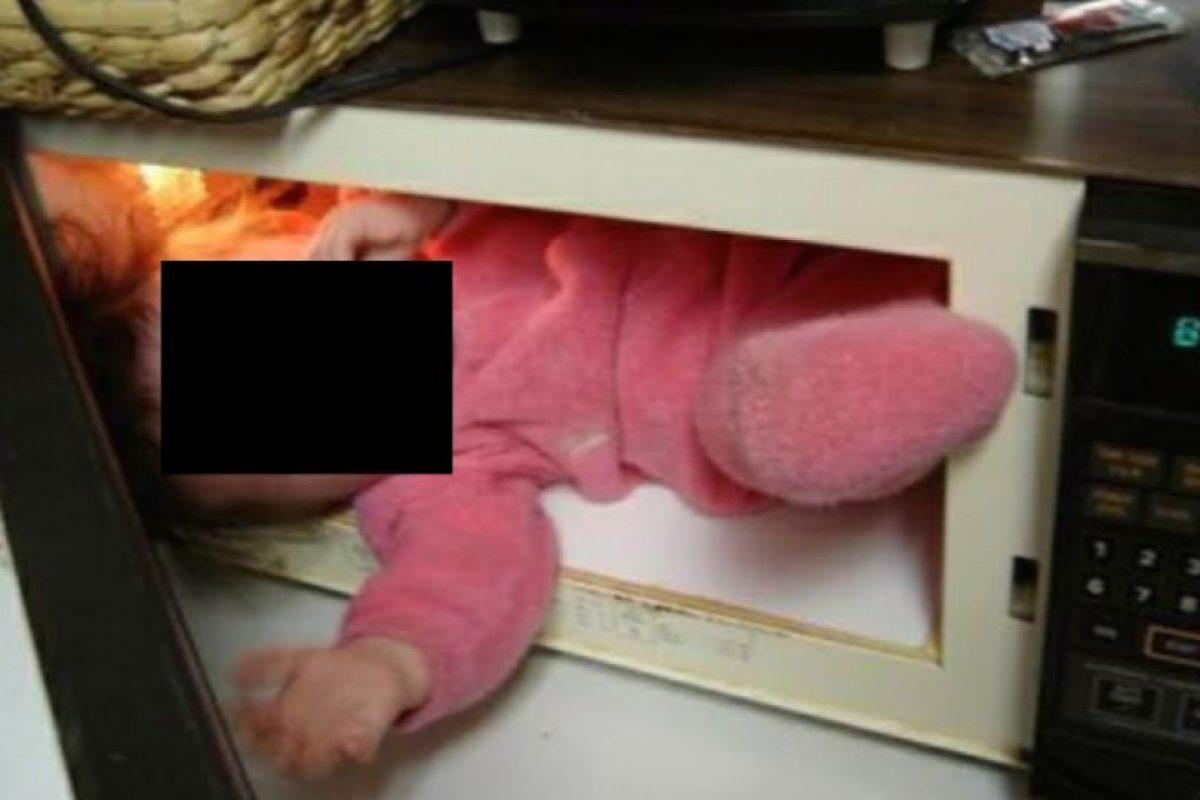 Los que pusieron al niño dentro del microondas Foto:Oddee. Imagen Por: