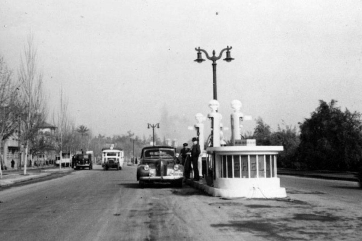 Vista de calle República, Santiago en 1940. Foto:Fotos Históricas de Chile. Imagen Por: