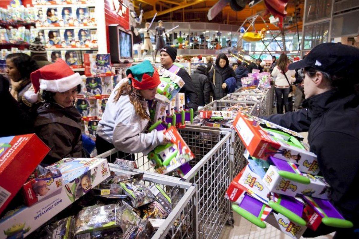 El evento se ha caracterizado por la euforia de los consumidores. Foto:Getty. Imagen Por: