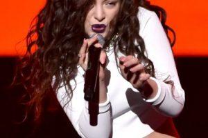 Pero no solo tiene su cabeza en la música. El 5 de junio de 2014, la intérprete lanzó una línea de labiales y delineadores de ojos para MAC Cosmetics Foto:Getty Images. Imagen Por: