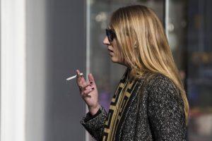 14. Numerosos estudios han revelado que en los hogares más pobres de algunos países de bajos ingresos los productos del tabaco representan hasta un 10% de los gastos familiares Foto:Getty Images. Imagen Por: