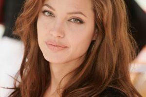Así era la actriz cuando conoció a Brad Pitt Foto:Getty Images. Imagen Por: