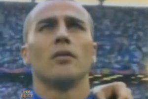 El italiano Fabio Cannavaro también forma parte de la zaga Foto:Youtube: PSG – Paris Saint-Germain. Imagen Por: