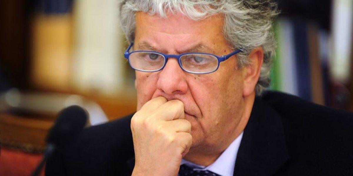 Interpelación a Eyzaguirre: Las 10 preguntas tuiteras que la diputada Hoffmann no le hará a ministro de Educación