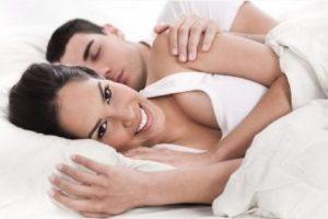 Puede que este no sea un tema romántico y mucho menos excitante, pero es fundamental para evitar embarazos no deseados. Foto:Tumblr.com/Tagged/sexo. Imagen Por: