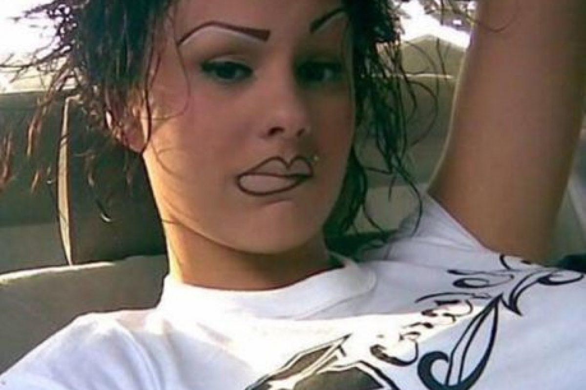 Maquillaje permanente para derretir corazones. Foto:TeamJimmyJoe. Imagen Por: