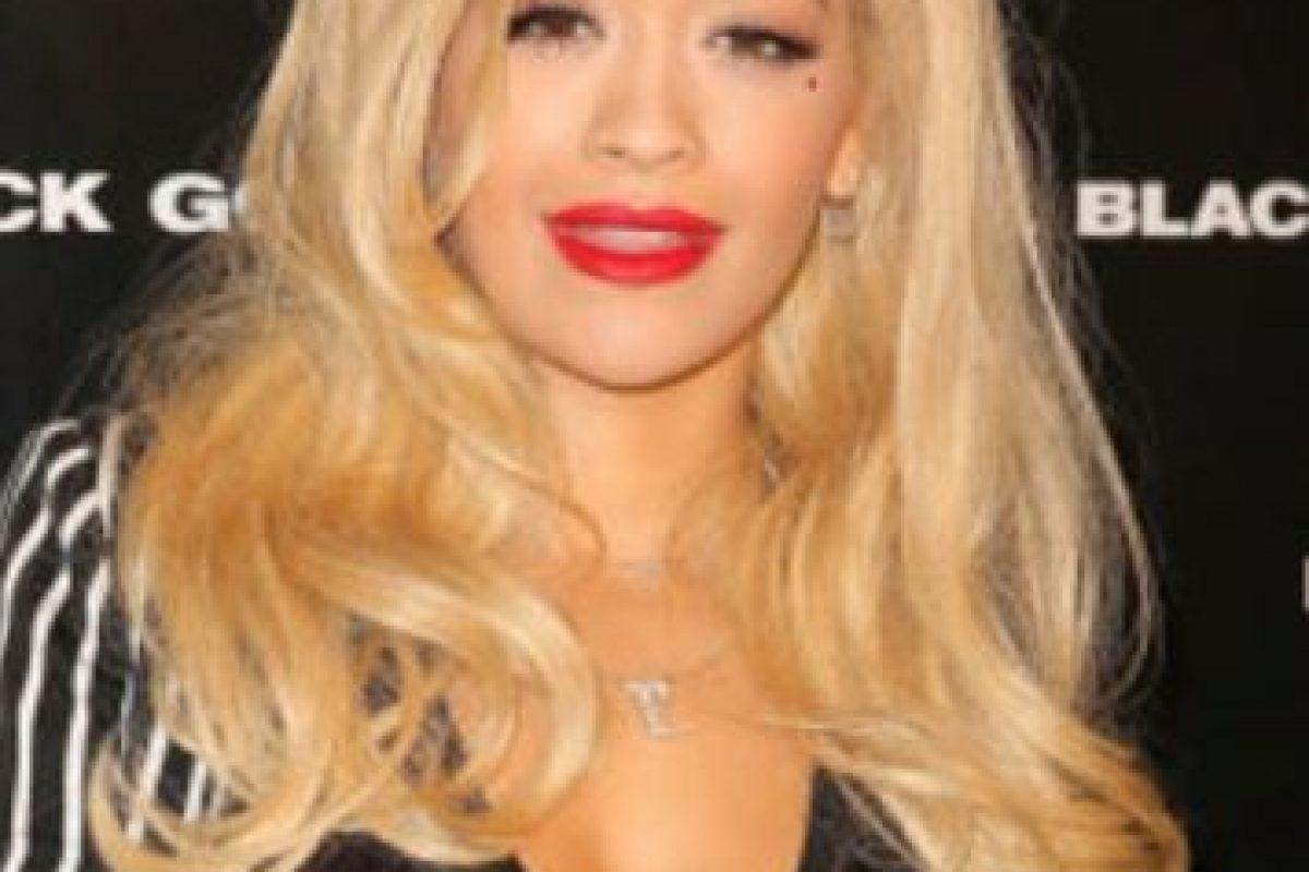 Rita Ora también tenía pelo rubio Foto:Getty Images. Imagen Por: