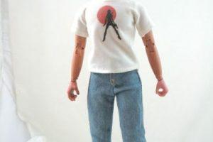 La empresa envía un boceto de cómo quedaría el rostro del muñeco y una vez que es aprobado se rellena la figura con las cenizas Foto: cremationsolutions.com. Imagen Por: