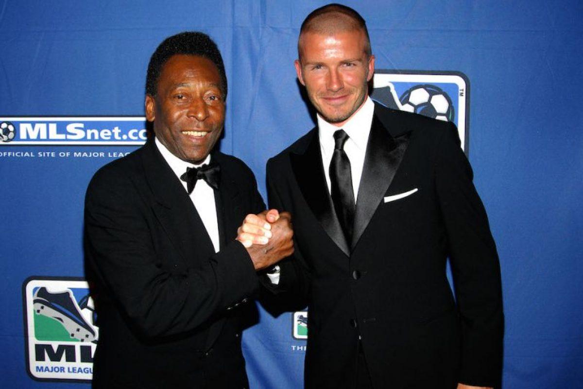 Pelé y el futbolista inglés David Beckham. Foto:Getty Images. Imagen Por: