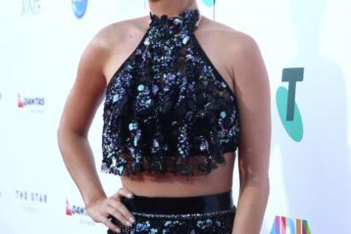 Después de bromear en Twitter, la cantante lució este coordinado en la alfombra roja de los ARIA Awards 2014 Foto:Getty Images. Imagen Por: