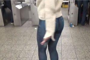 Caminó semidesnuda sin que nadie le dijese nada Foto:Model Pranksters. Imagen Por: