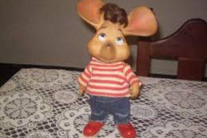 El muñeco de Topo Gigio n podía faltar a la hora de ir 'a la camita'. Foto:Reproducción. Imagen Por: