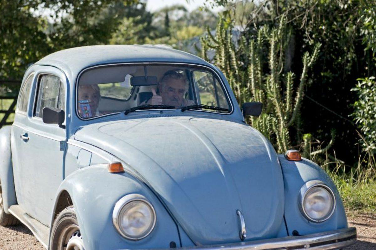 Aquí junto a su inseparable Escarabajo Foto:AP. Imagen Por: