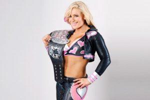 Derrotó a Michelle McCool y Layla en el Survivor Series de 2010 Foto:WWE. Imagen Por: