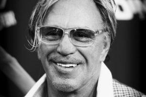 También es reconocido por interpretar a Marv en Sin City Foto:Getty. Imagen Por: