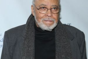 El actor estadounidense James Earl Jones hizo la voz original de Darth Vader. Foto: Getty Images. Imagen Por: