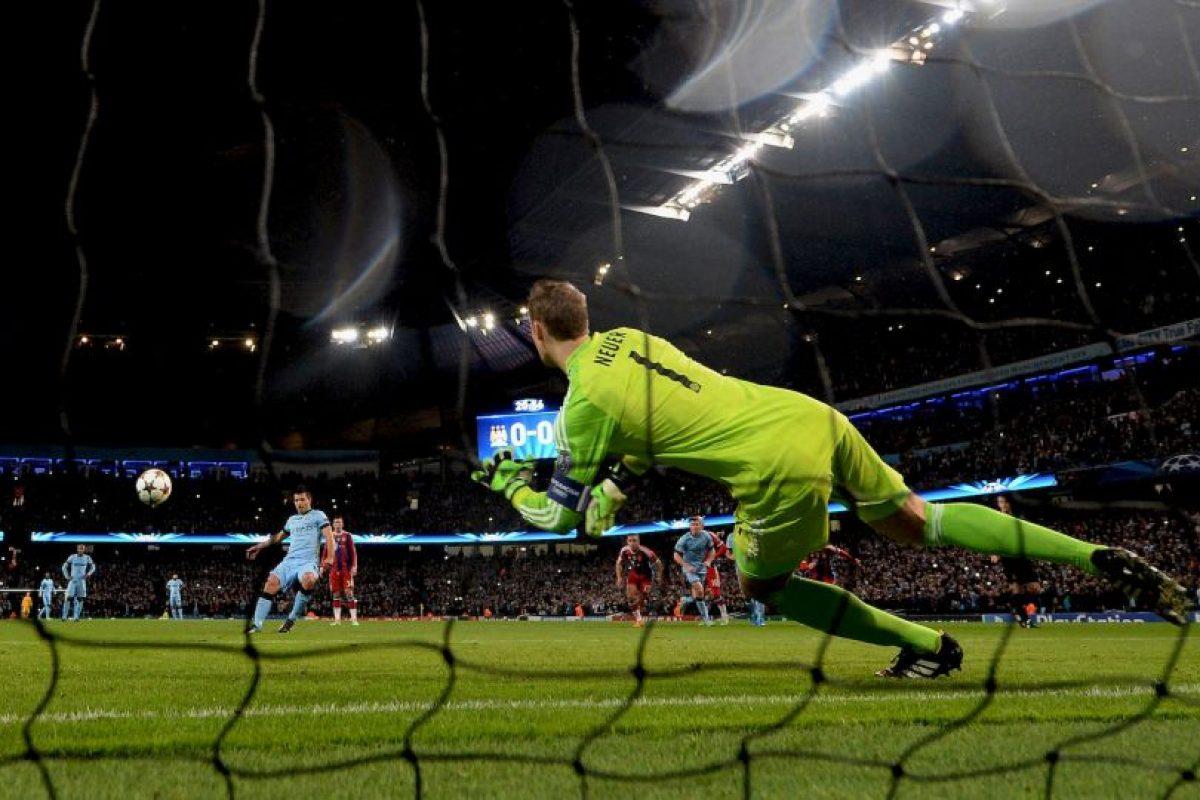 En referencia a Manuel Neuer Foto:Getty. Imagen Por: