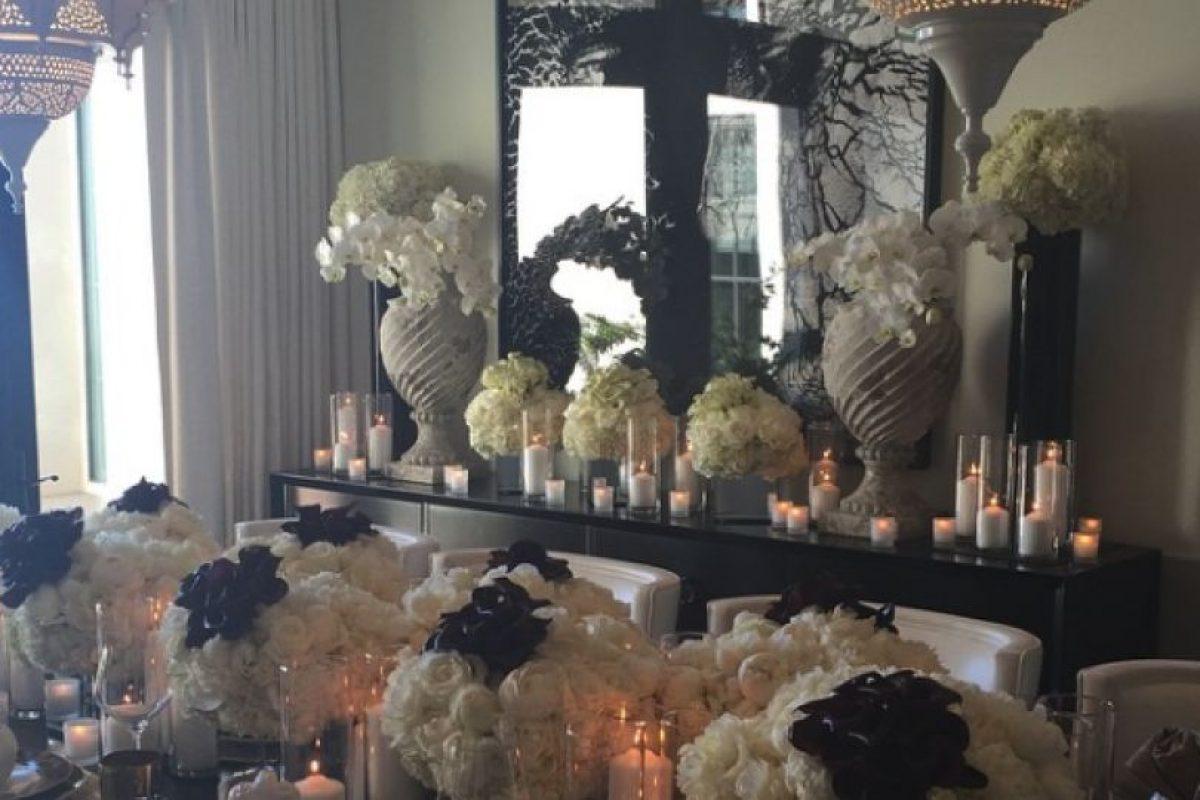 Esta fue la mesa donde cenó la familia Kardashian Foto:Instagram. Imagen Por:
