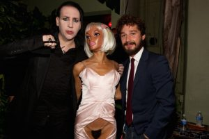 Según el actor, en febrero de este año, una mujer lo azotó y violó en las instalaciones de una exposición de arte. Foto:Getty Images. Imagen Por: