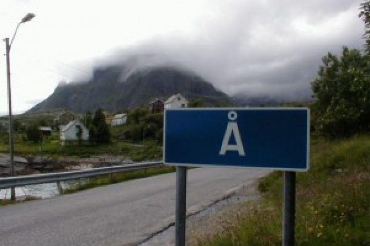 """A: Ciudad de pescadores ubicada en la isla de Lofoten en Noruega, y para los que no sepan sobre el idioma nórdico, se pronuncia """"O"""". Foto:Reproducción. Imagen Por:"""
