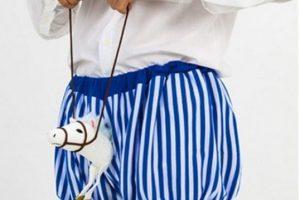 Pobre caballito. Foto:Poorly Dressed. Imagen Por: