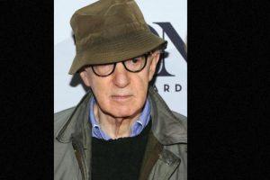 Woody Allen: Después de divorciarse de su esposa, la actriz Mia Farrow, la mujer lo demandó por haber violado a su hija Dylan Foto:Getty Images. Imagen Por: