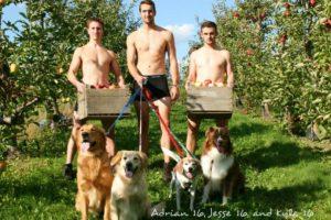 """Los integrantes de las fotos afirmaron que es """"demasiado trabajoso"""" posar con animales Foto:Omega Tau Sigma. Imagen Por:"""
