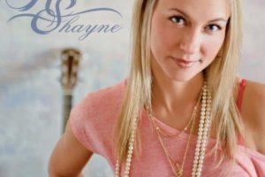 Shayne ya había lanzado un álbum que lleva su nombre y está dedicado a su difunto hermano. Foto:Facebook/Robynn Shayne. Imagen Por: