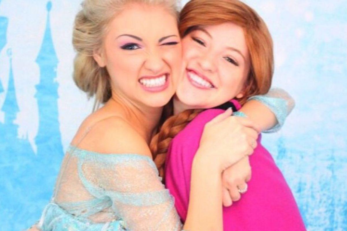 Estas hermanas tardan hasta 2 horas para lucir igual que las protagonistas de Frozen Foto:Instagram/Anna Faith. Imagen Por: