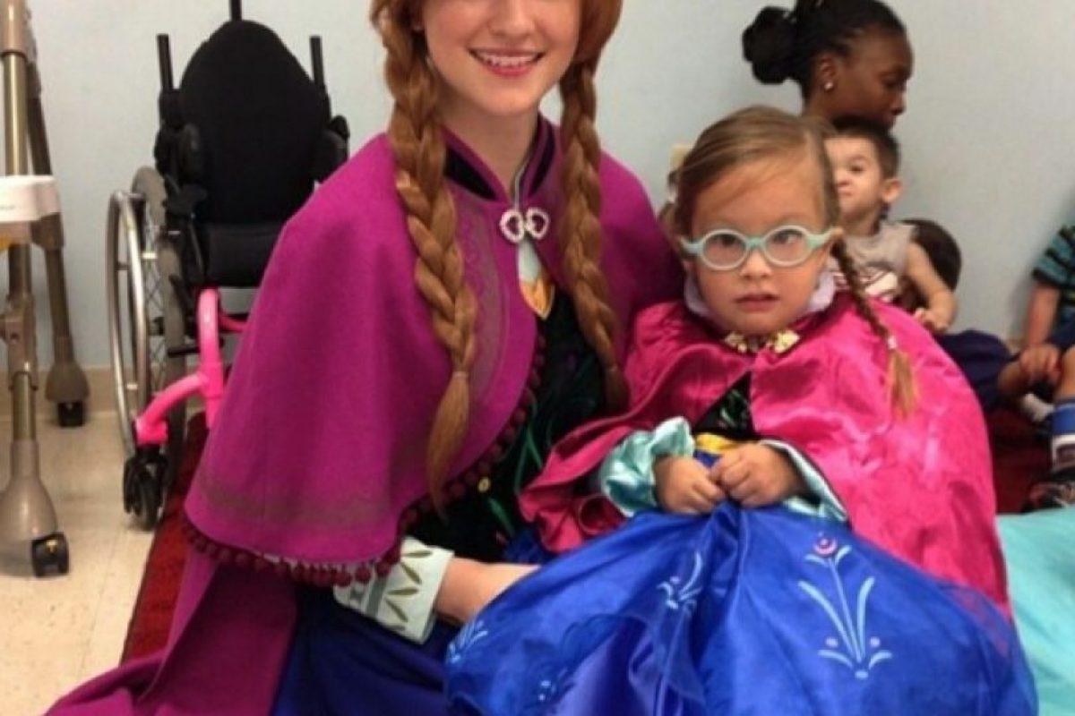 "Su hermana menor, Lexie Faith se encarga de imitar a ""Anna"". Foto:Instagram/Lexiegracelove. Imagen Por:"