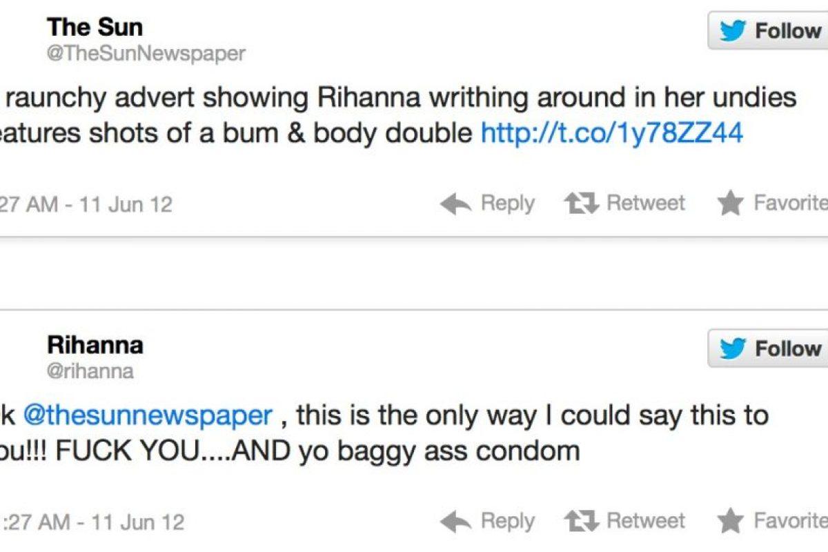"""The Sun afirma que Rihanna tiene poca ropa. Rihanna responde: """"Esta es la única forma en que diré esto. J*danse y su trasero bolsudo de condón"""" Foto:Twitter. Imagen Por:"""