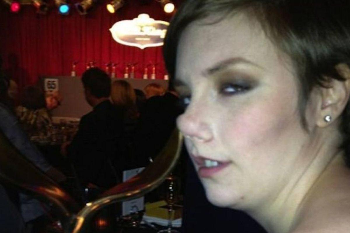 Lena Dunham también toma copas. Pero por la nariz. Foto:Instagram. Imagen Por: