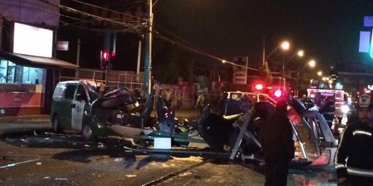 En la UCI queda piloto de helicóptero de Carabineros tras accidente en Gran Avenida