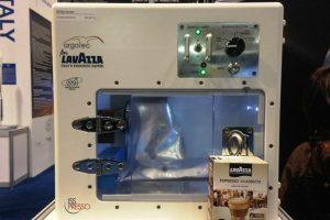 """""""ISSpreso"""" es una maquina diseñada para servir café en el espacio Foto:Lavazza USA. Imagen Por:"""