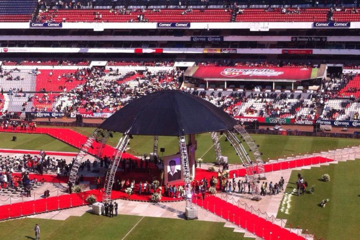 Así se veía el estadio Azteca minutos antes de que comenzara el homenaje Foto:Nicolás Corte. Imagen Por: