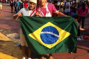 Querido en toda América. Estos brasileños se hicieron presentes en el Azteca Foto:Nicolás Corte. Imagen Por: