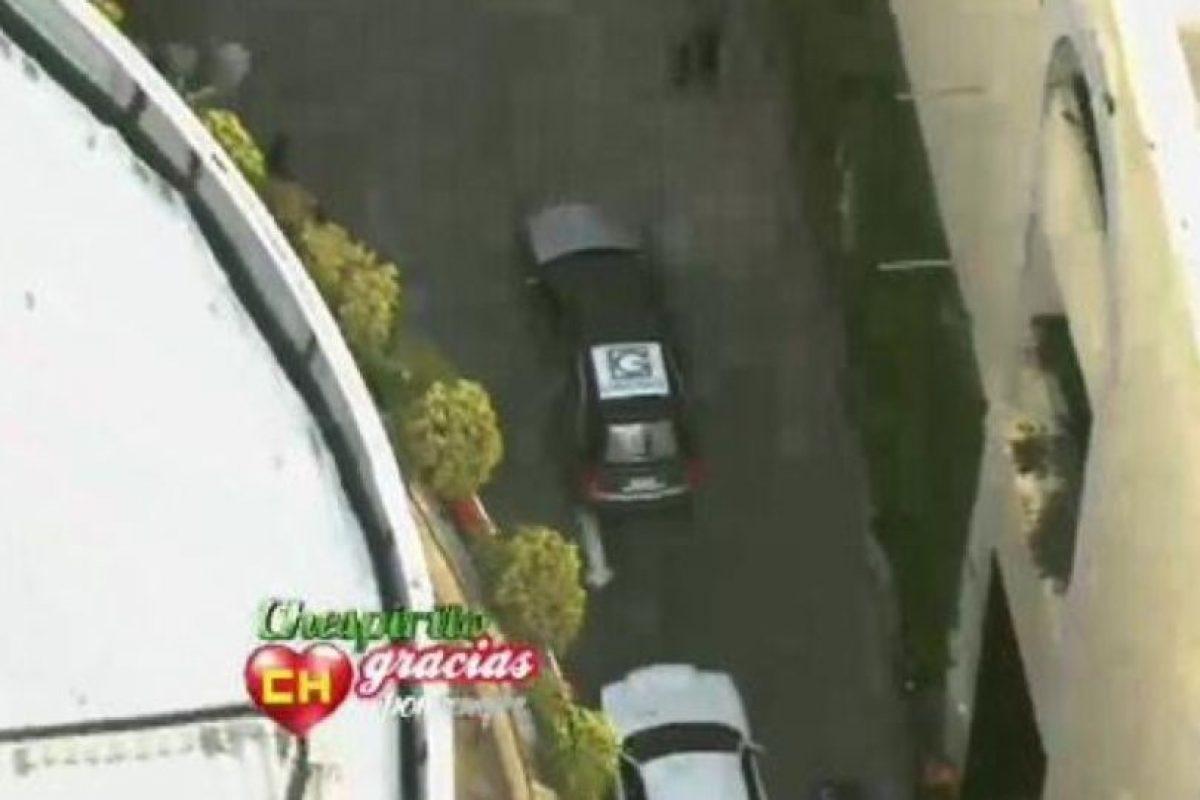 """El auto donde estaba su féretro llegó a la """"Plaza de las Estrellas"""", ubicada en Televisa San Ángel (México DF) Foto:Twitter/TelevisaTvMx. Imagen Por:"""