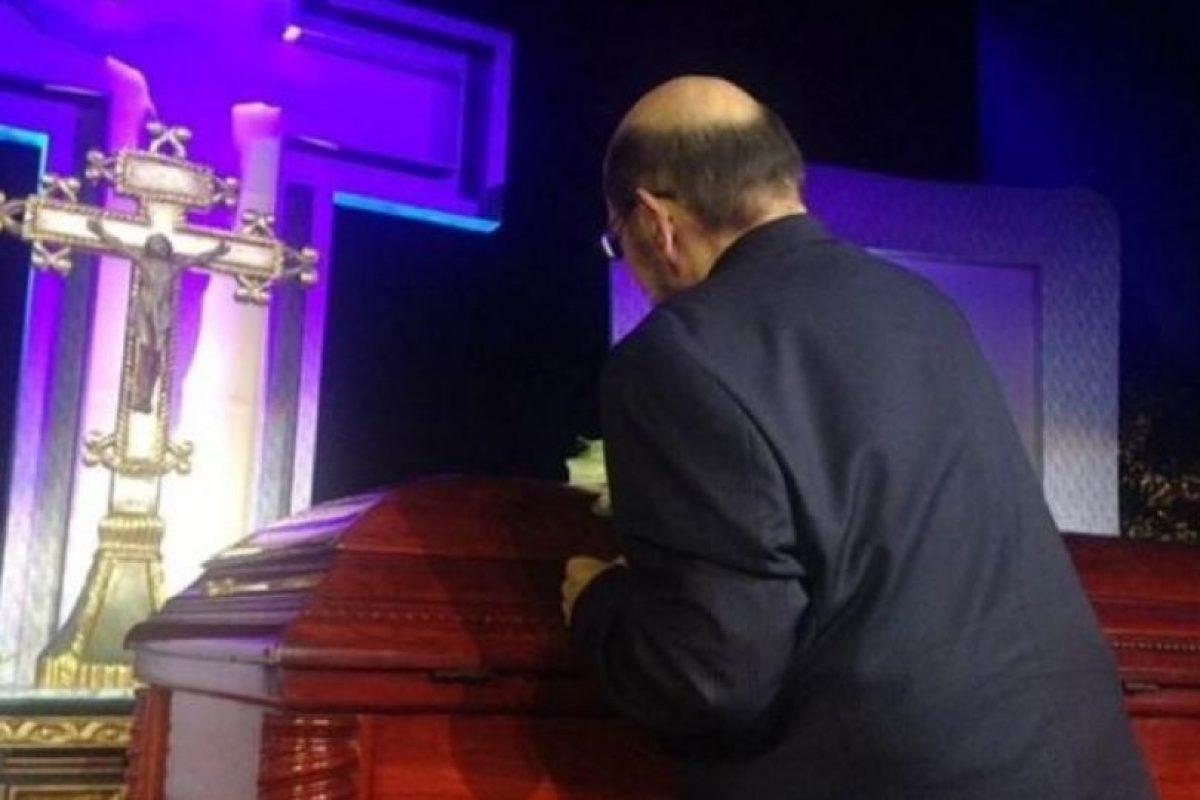 """Roberto Gómez Bolaños tuvo un homenaje privado en Televisa y luego su cuerpo fue trasladado al """"Estadio Azteca"""", donde se le homenajeó con una ceremonia religiosa y mariachis Foto:Twitter/TelevisaTvMX. Imagen Por:"""