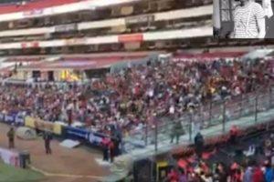 """""""ChesChespirito tuvo un homenaje privado en Televisa y luego su cuerpo fue trasladado al estadio Azteca, donde se le homenajeó con una ceremonia religiosa y mariachispirito"""" tuvo un homenaje privado en Televisa y luego su cuerpo fue trasladado al """"Estadio Azteca"""", donde se le homenajeó con una ceremonia religiosa y mariachis Foto:Twitter/TelevisaTvMX. Imagen Por:"""