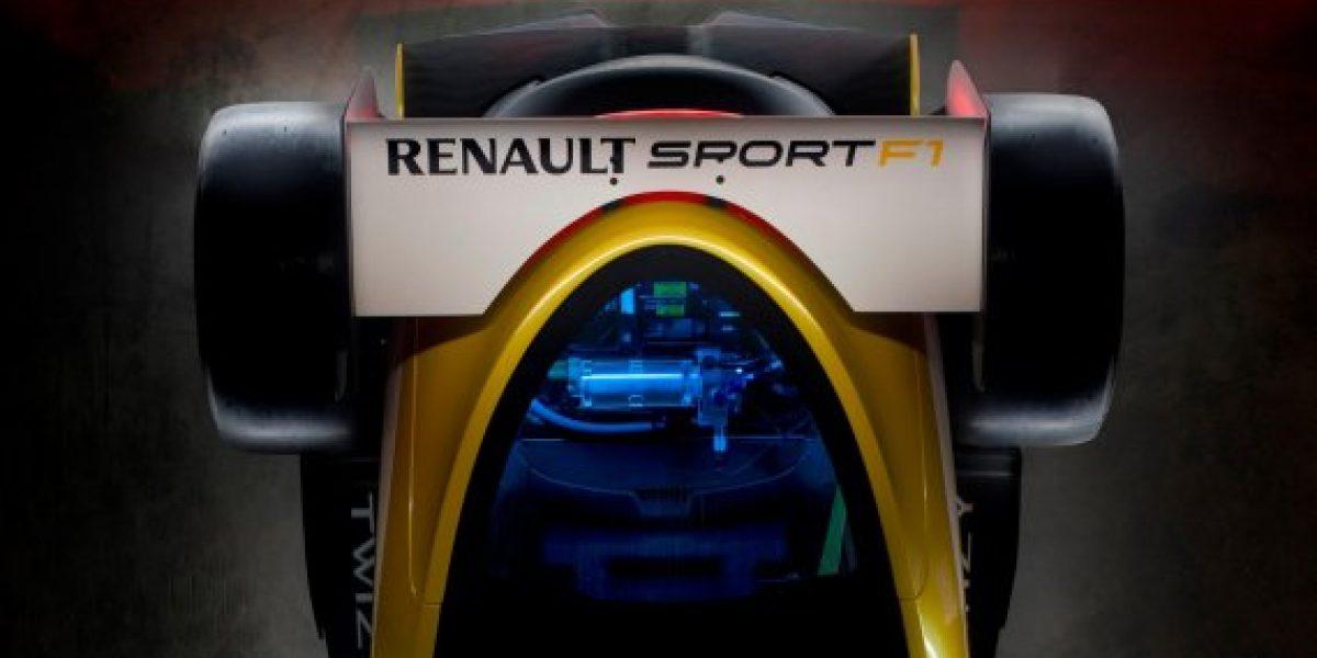 GALERÍA Y VIDEO:Pilotos de F1 se divierten con el Twizy en un mall