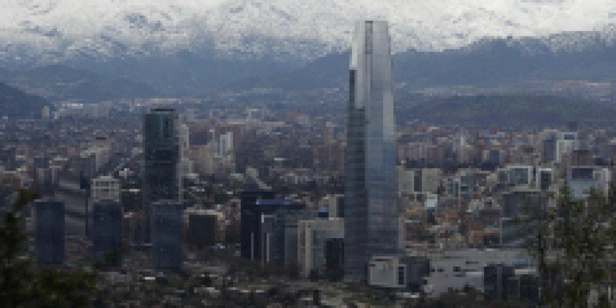 ¿Cuánto cuesta arrendar una oficina en la torre del Costanera Center?